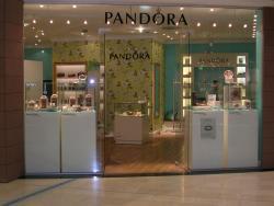 Ladenbau für Pandora - Juweliershop in Wiesbaden